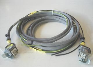 Cablagem com conectores com travão para ligação equipamentos